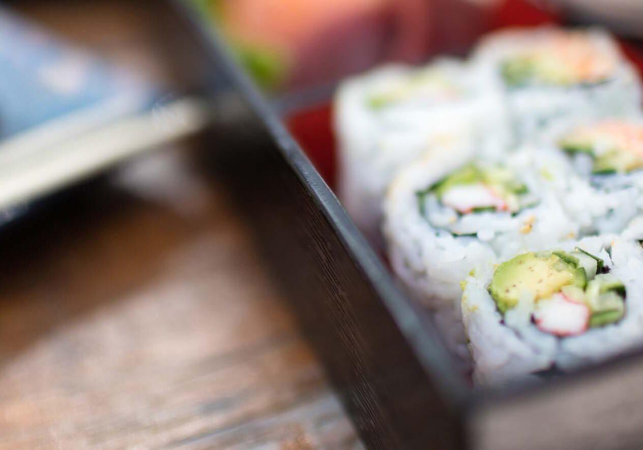 sushi-paradise-bento-box